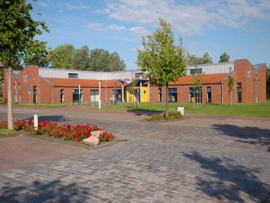 Dieses Bild zeigt die Außenansicht der Stadtbibliothek Stade©Hansestadt Stade